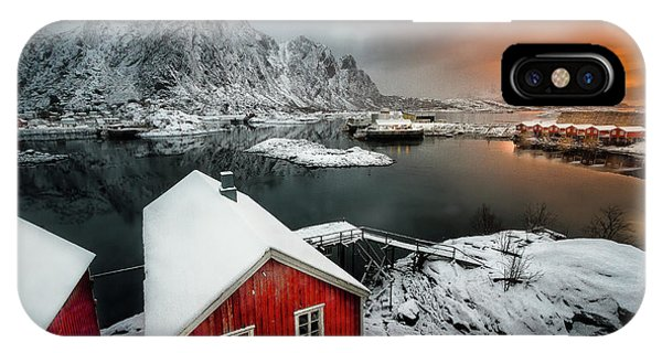 Snowy iPhone Case - Quiet Morning by Lior Yaakobi