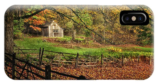 Rustic Shack- New England Autumn  IPhone Case