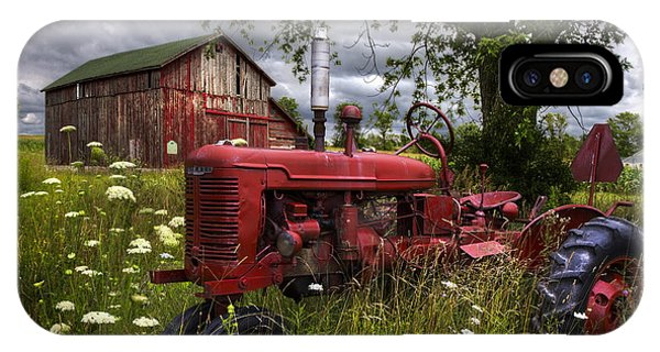 Midwest iPhone Case - Reds In The Pasture by Debra and Dave Vanderlaan