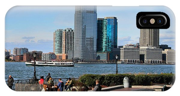 Battery D iPhone Case - Relaxing Weekend On New York Harbor by Dan Sproul