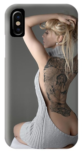Body iPhone Case - Revealing by Andreasr