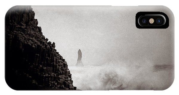 Basalt iPhone Case - Reynisdrangar by Dave Bowman