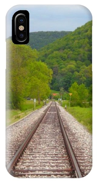 iPhone Case - Richtung Bad Urach by Peter Norden