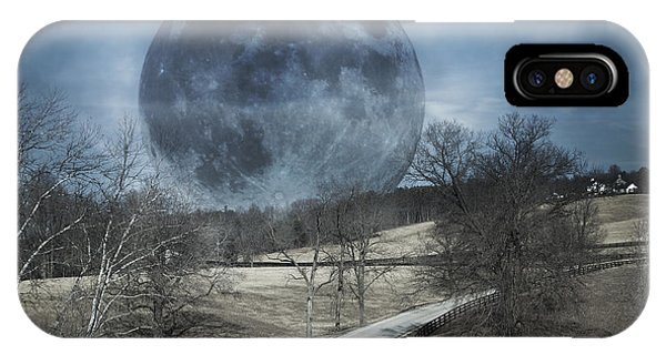 Super Moon iPhone Case - Rising To The Moon by Betsy Knapp
