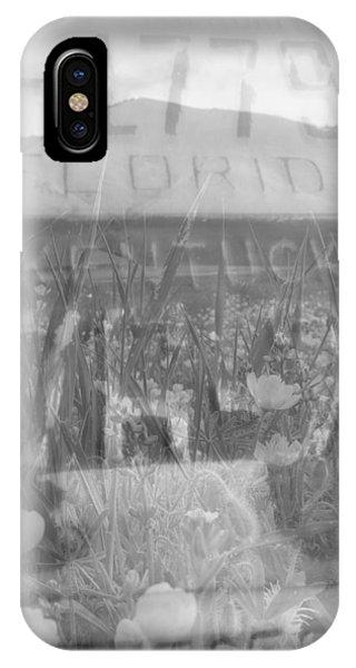 Roadtrip 2 Black Or White IPhone Case