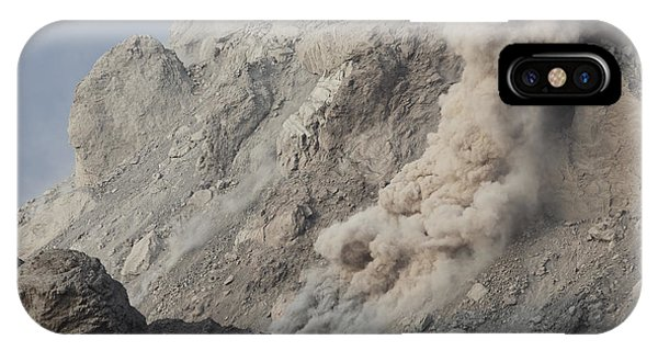 Pyroclastic Flow iPhone Case - Rockfall On Flank Of Rerombola Lava by Richard Roscoe