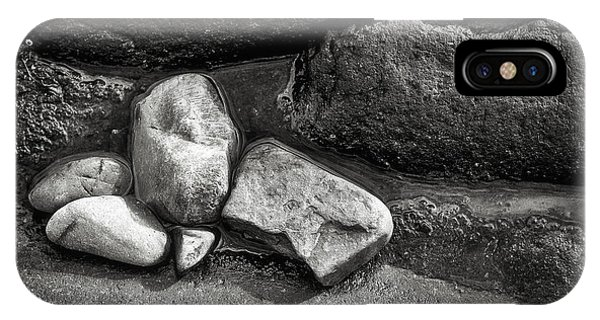 Rocks - Marginal Way - Maine IPhone Case