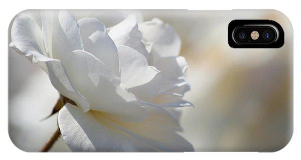 Rosa Blanca 8 Phone Case by Mirza Ajanovic