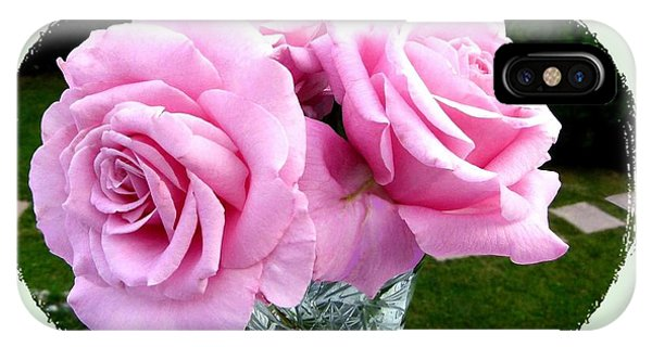 Royal Kate Roses IPhone Case
