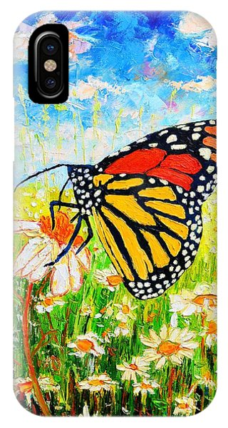 Royal Monarch Butterfly In Daisies IPhone Case