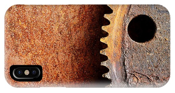 Rusted Gear IPhone Case