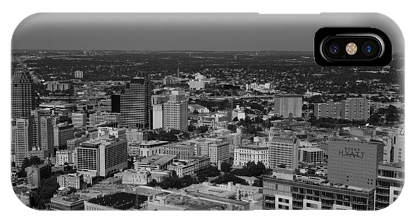 San Antonio - Bw IPhone Case
