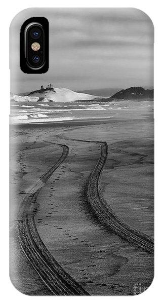 Oregon Sand Dunes iPhone Case - Sand Tracks by Mike Dawson