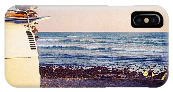 Vw Bus iPhone Case - Vw Bus And Surfers At San Onofre by Hal Bowles