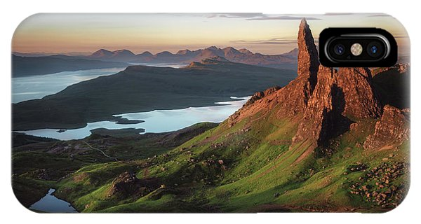 Rock Formation iPhone Case - Scotland - Old Man Of Storr by Jean Claude Castor