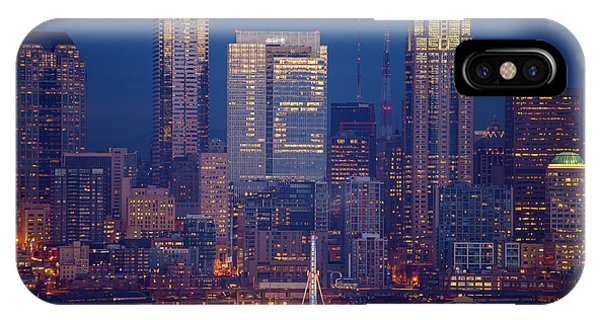 Downtown Seattle iPhone Case - Seahawks 12th Man Seattle Skyline At Dusk by Mike Reid
