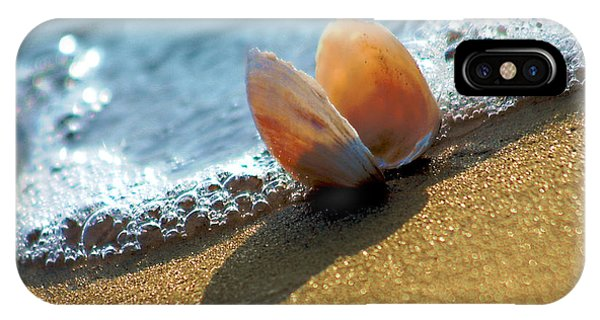 Seashell On The Coast With Wave And Bubble IPhone Case