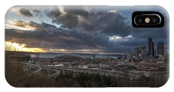 Downtown Seattle iPhone Case - Seattle Dramatic Dusk by Mike Reid