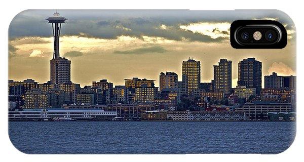 Seattle Skyline In Twilight IPhone Case