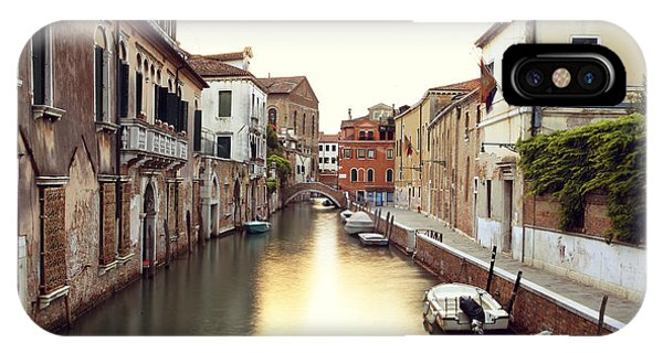 Secluded Canal In Venice Italy Phone Case by Ernst Cerjak