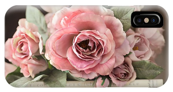 Shabby Chic Vintage Roses - Dreamy Ethereal Peach Pink Roses Garden Cottage Art IPhone Case