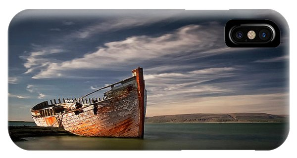 Wreck iPhone Case - Shipwreck by ??orsteinn H. Ingibergsson