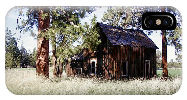 Sisters Homestead Phone Case by Ray Finch