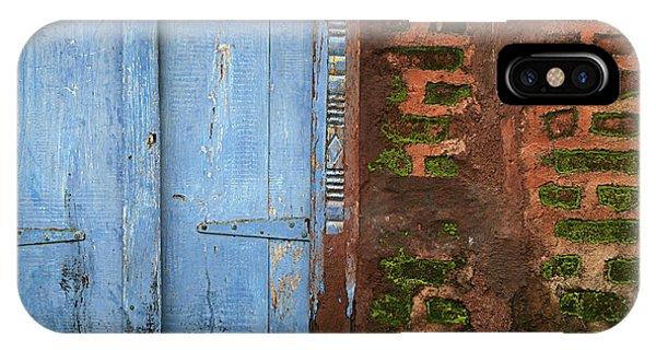 Skc 0302 A Village House IPhone Case