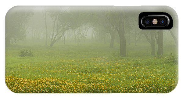 Skc 0835 Romance In The Meadows IPhone Case