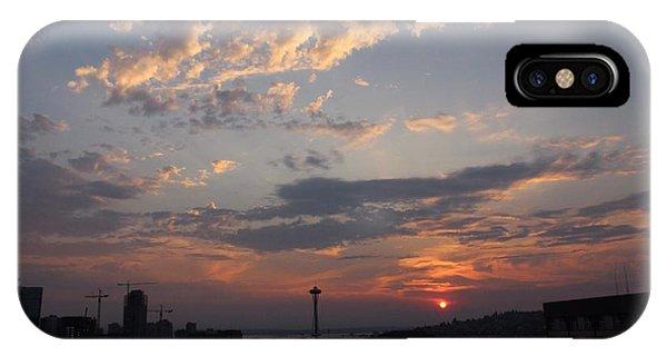 Skyline Seattle  IPhone Case