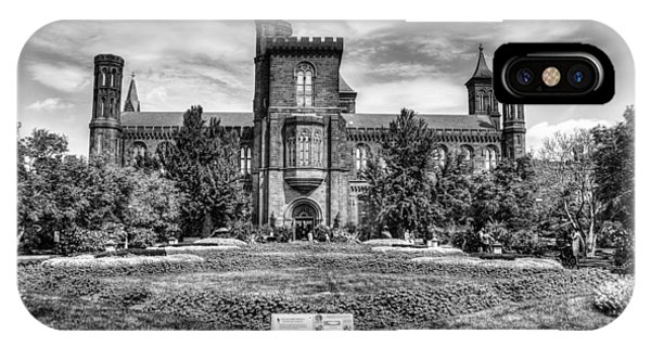 Smithsonian iPhone Case - Smithsonian Castle by Dado Molina