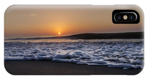 Smoke On The Water Phone Case by  Island Sunrise and Sunsets Pieter Jordaan
