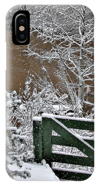 Snowy River Gate IPhone Case