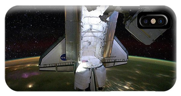 International Space Station iPhone Case - Space Shuttle Endeavour by Nasa/science Photo Library