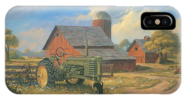 Barn iPhone Case - Spirit Of America by Michael Humphries