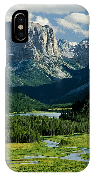 Squaretop Mountain 3 IPhone Case