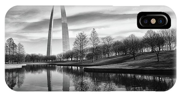 St Louis Arch Phone Case by Errick Cameron