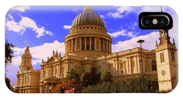 St Pauls Catherdral Phone Case by Donald Turner