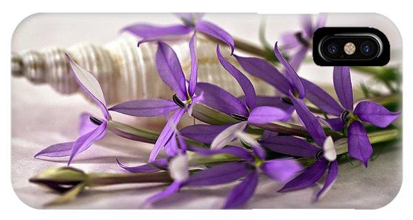 Starshine Laurentia Flowers And White Shell IPhone Case