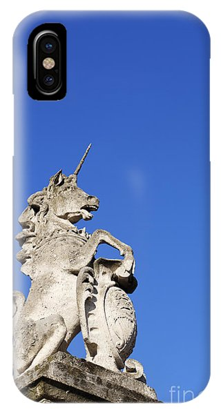Unicorn iPhone Case - Statue Of A Unicorn On The Walls Of Buckingham Palace In London England by Robert Preston