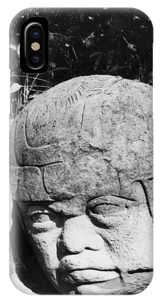 Smithsonian iPhone Case - Stone Heads Found In Mexico by Underwood Archives