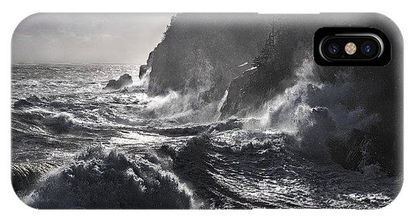 Stormy Seas At Gulliver's Hole IPhone Case