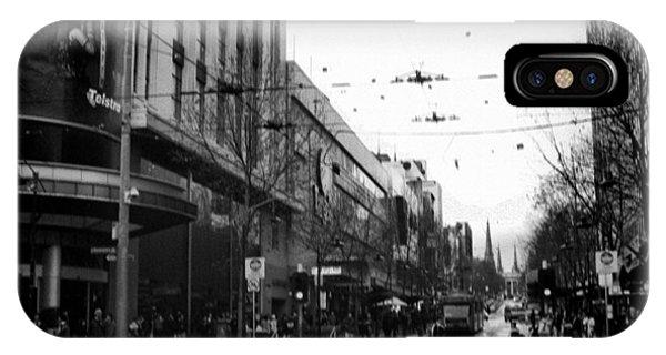 Street In Melbourne  Phone Case by Sanjeewa Marasinghe