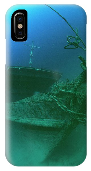 Wreck iPhone Case - Submerged Shipwreck by Matthew Oldfield/science Photo Library
