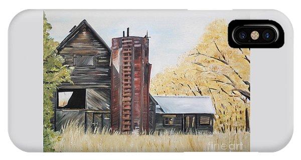 Golden Aged Barn -washington - Red Silo  IPhone Case