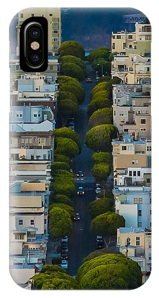 Summer Green On Lombard Street IPhone Case