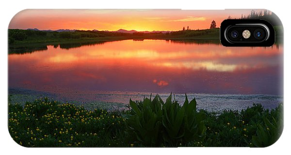 Summer Sunset Above Lake Creek. IPhone Case