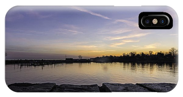 Sun At The Docks Phone Case by Kris Rowlands