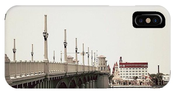Iger iPhone Case - Sunday By The Bridge - Fl by Joel Lopez