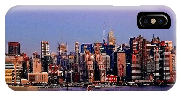 City Scape iPhone Case - Sunrise From Brooklyn Studio #dawn by Sameer Halai